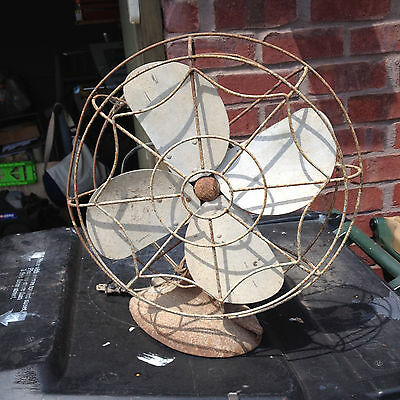Vintage Old Blade Fan (Works )