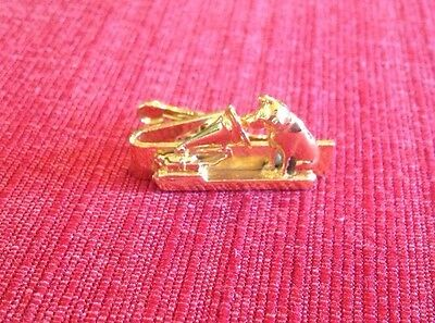 "Vintage Gold Toned RCA Nipper ""His Master's Voice"" Tie Tac Clasp Clip 1 3/8""L"