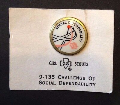 1963 Girl Scouts Challenge Of Social Dependability Pin On Original Card