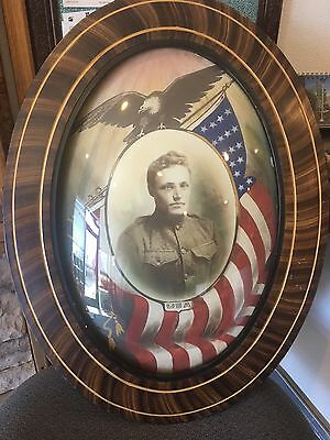 WWI Antique Oval Wood Convex Bubble Glass Frame w/ Eagle Doughboy Soldier Photo