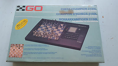 Vintage Go Chess Champion 2150L Electronic Chess Set & LCD screen: working!