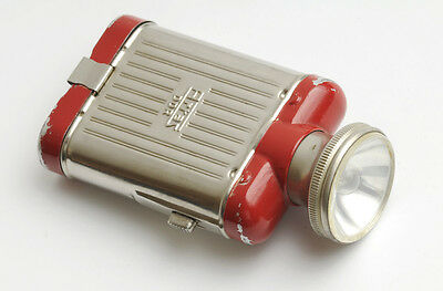 Retro ARTAS DDR Taschenlampe, Rot. Vintage pocket Artas GDR light flashligh, red