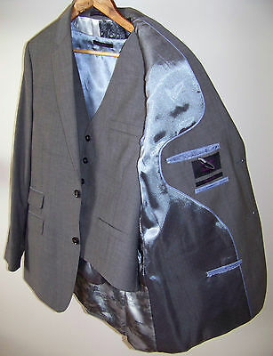 Brand New Mens Ted Baker Grey Wool Jacket & Waistcoat. Size 40R.