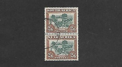 South Africa Stamp #30 Pair (Used) From 1927-28.