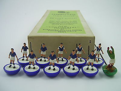 Subbuteo H/W EVERTON + SHEFFIELD WEDS Ref.2 & 17 – Boxed Old Heavyweight Team