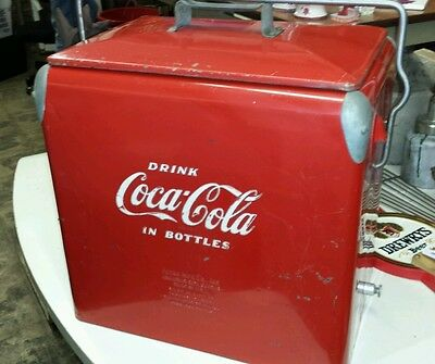 Vintage 1950s Coca Cola Ice Chest Cooler. Original Condition. With tray. Great!!