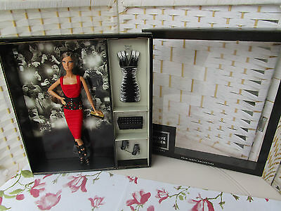 Barbie Herve Leger by Max Azria - 2013 - Collector - Gold Label - NRFB
