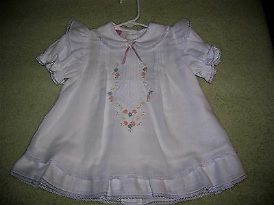 ❤️NWT❤️Will'beth❤️Baby Girl❤Embroider❤White❤Pink/Blue Flowers❤️Pearls Dress❤9M