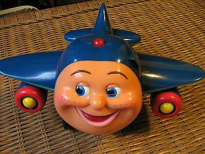 Jay Jay the Jet Plane Light Up Singing Musical Wing- Wiggling Airplane 2002