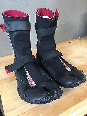 O'Neil Surf Booties Size 10 psycho 3mm, Great Shape, Used Thrice!