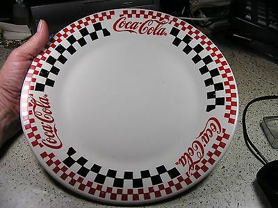 """Coca-Cola Large Dinner Plate by Gibson, 1996, Ceramic, 10.5"""" Nice Shape - only 1"""