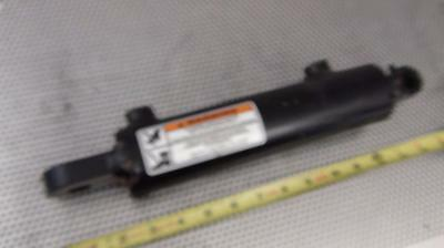 Bailey 319-819 Welded Hydraulic Cylinder - New Never Installed !!