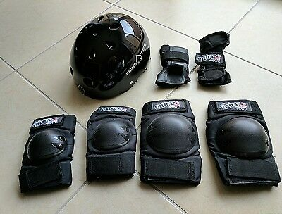 Like NEW Black Gloss Pro Tec Helment +Knee Elbow Wrist Protection Pad-Skate Bike