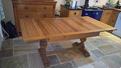 Solid Oak Refectory Draw Leaf Extending Dining Table