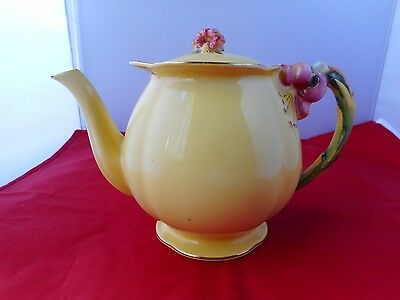 ROYAL WINTON GRIMWADES TEAPOT-19.5cms long and 13cms high