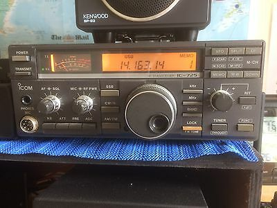 Icom IC-725 HF transceiver