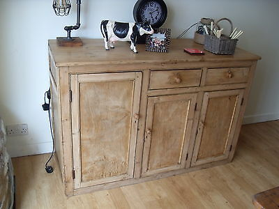 Antique pine dresser / cupboard / sideboard (Probable Victorian)