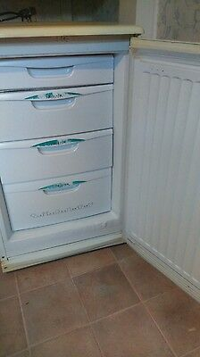 White under counter freezer Proline UF-40- working 4 drawers 85 litres