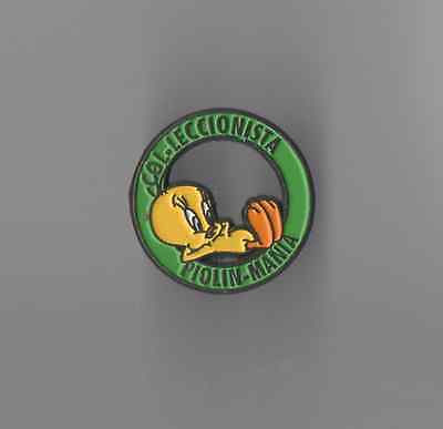 Obscure Foreign Tweety Bird Collector's Club Pin 'Piolin Mania Colleccionista'