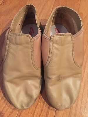 Capezio Jazz Shoes Size 7