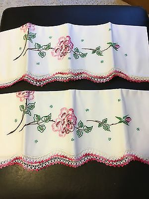 2 Gorgeous Vintage Hand Embroidered & Crocheted Rose Flowers Pillow Cases