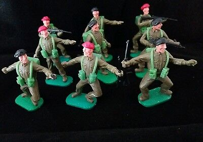Timpo Ww2, British Commando, Red/black Berets,toy Soldiers, 1/32 Scale. X