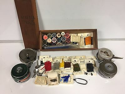 Vintage fly fishing equipment | reels, yarn, hooks and more accessories!