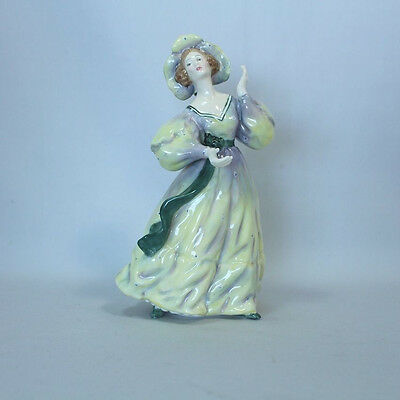 Royal Doulton Figurine Grand Manner HN2723 Mint Condition