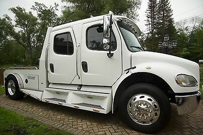 2006 Freightliner M2 Sport Chassis
