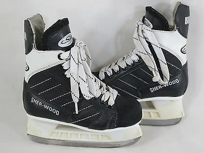 Sherwood 5500 Youth Ice Hockey Skates Boys Size 12 J US Excellent Condition
