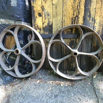"A set of 4 ""gothic"" cast iron wheels shepherd chicken hut antique vintage 44 cm"