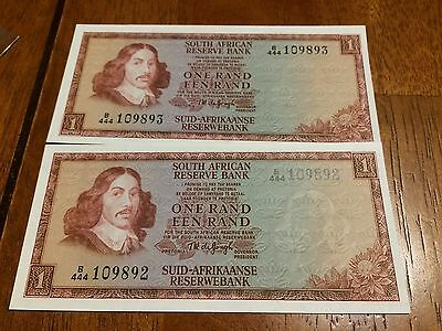 Lot Of 2 Pcs South Africa 1 Rand ( 1967- 1975) Unc Banknotes