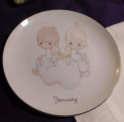 """Precious Moments Plate 1993 6 1/2"""" with Girl & Boy Sitting January's Birth"""