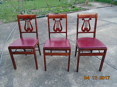 LOT of 4 VINTAGE WOOD FOLDING  chairs,Stakmore