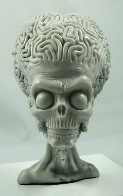 Mars Attacks Martain Alien prop replica toy resin model kit display collectable