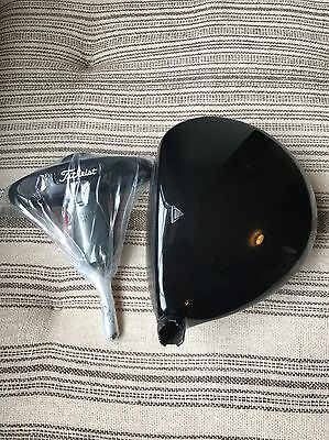 Excellent Titleist 915 D4 Driver Head and Tool 9.5* Loft