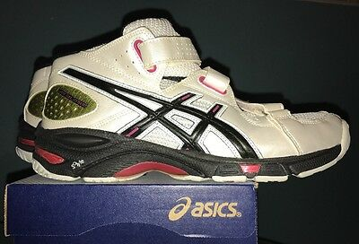 Asics -UK7- LADYGELCYBER2 Volleyball Trainer Women