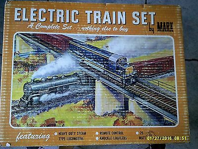 Marx train set # 4040 Loco and 4 cars track and trans.damage, Free US shipping