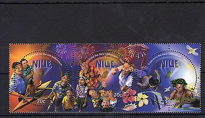 Millennium Stamp Collection Niue sg 872-874 UM