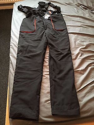 Oregon Chainsaw Trousers with Oregon Braces Size XL