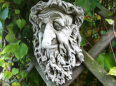 NEW Garden Stone Ornaments,Long Nose Green man Wall/Tree plaque hanging ornament