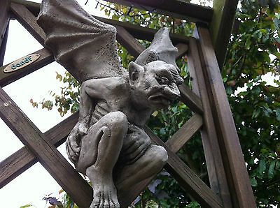 (New)Garden Stone Ornaments,Flying Gargoyle~Winged Gargoyles,Concrete Ornament