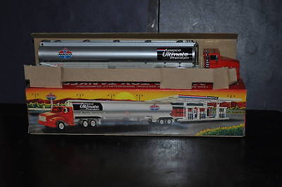1996 AMOCO Special Limited Edition Toy 18 Wheeler Collectible Truck