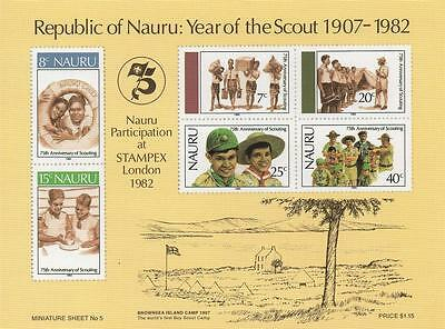 """STAMPEX YEAR OF THE SCOUT 1907-1982 4.5"""" x 6"""" IMPERFORATED MNH STAMP SHEETLET"""