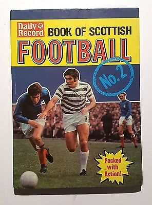 Daily Record Book Of Scottish FOOTBALL No.2 Number 2 1971 (Hardback)