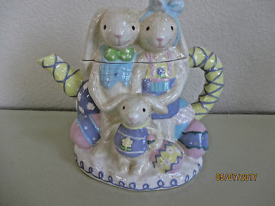 Bunny Family Teapot--Hall Mark (Rare & Unique)