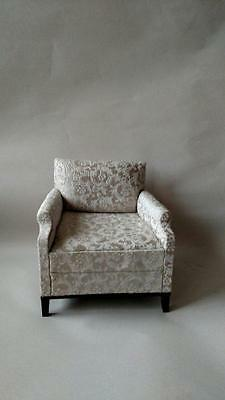 1:6 Scale Furniture for Fashion Dolls Action Figures 4243R Brocade Chair