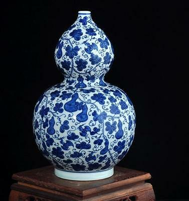 chinese ancient Blue and white porcelain sculpture Fructus  calabash vase