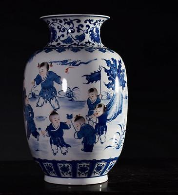 chinese ancient Blue and white porcelain sculpture child vase