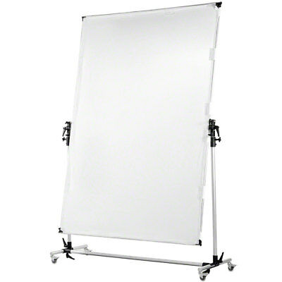 Walimex pro Rollable Reflector Panel 150x200cm by Digital Photographs